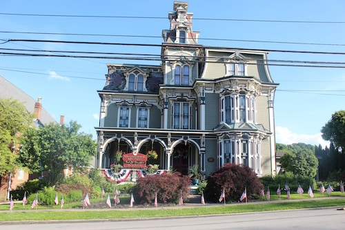Montgomery Mansion Bed and Breakfast, Washington