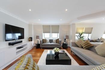 Apartment (Penthouse)
