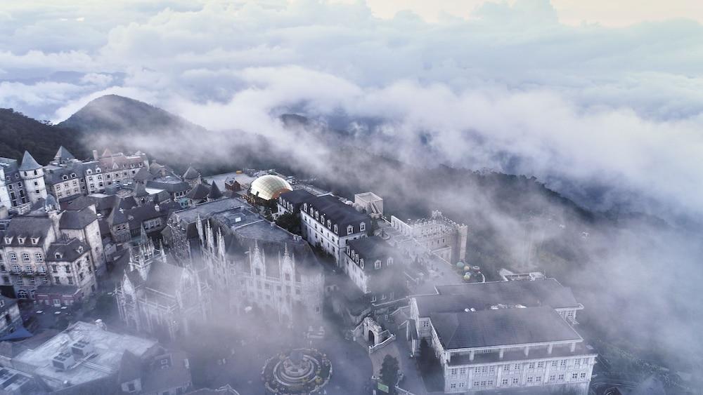 メルキュール ダナン フレンチ ビレッジ バナ ヒルズ