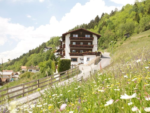 __{offers.Best_flights}__ Hotel Fliesserhof
