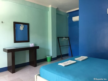 On Dive Love & Peace Resort Bohol Guestroom