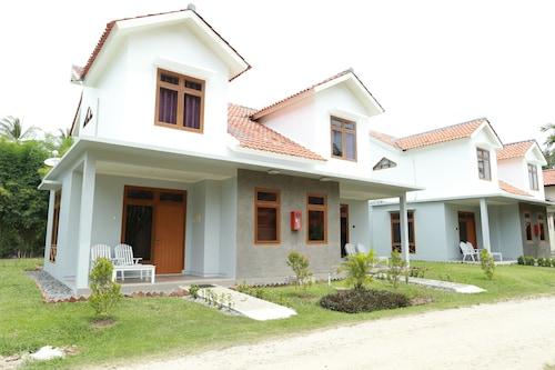 . Sanghyang Indah Spa Resort