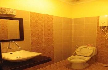 Sovanphum Guesthouse - Bathroom  - #0