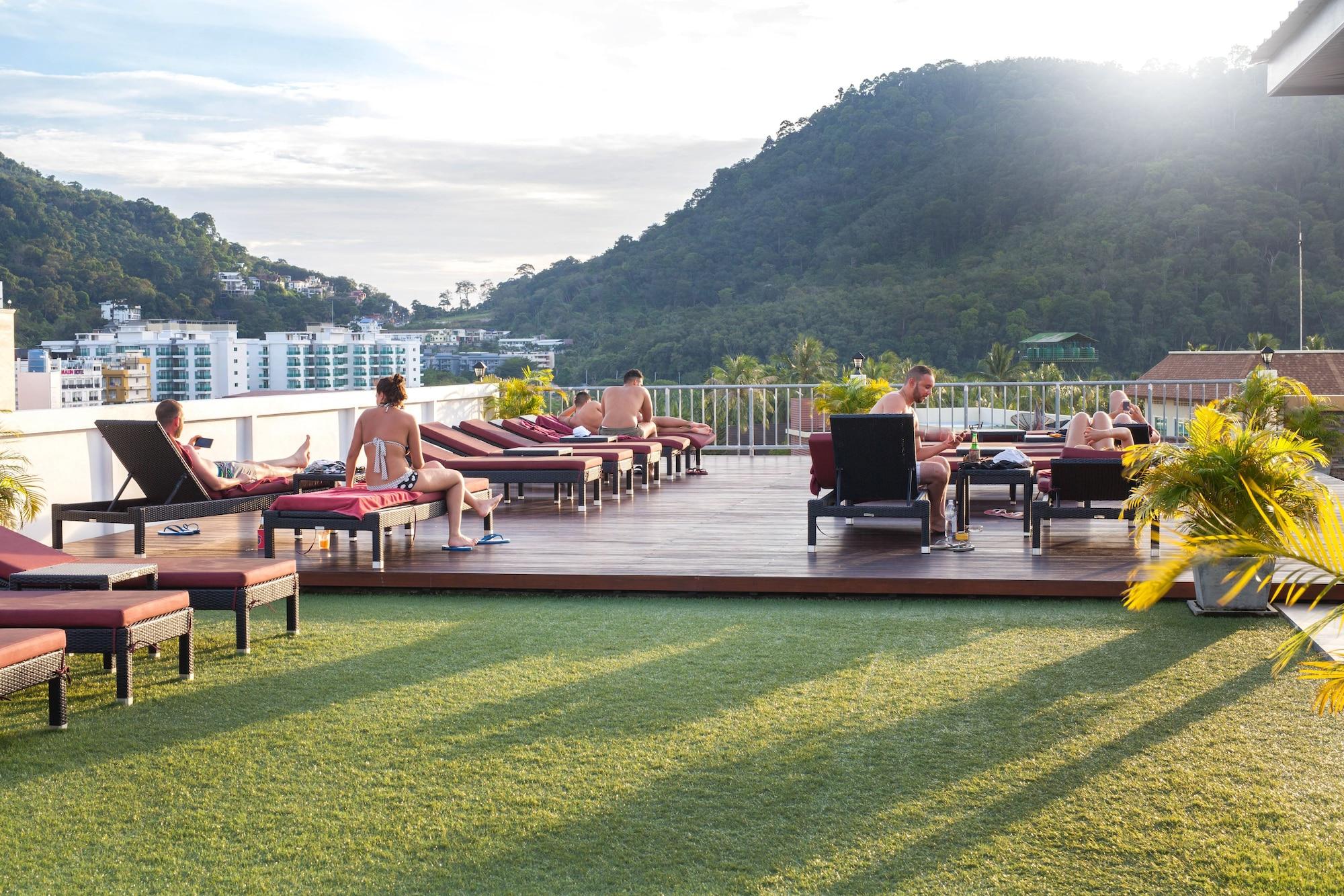 Paripas Patong Resort, Pulau Phuket