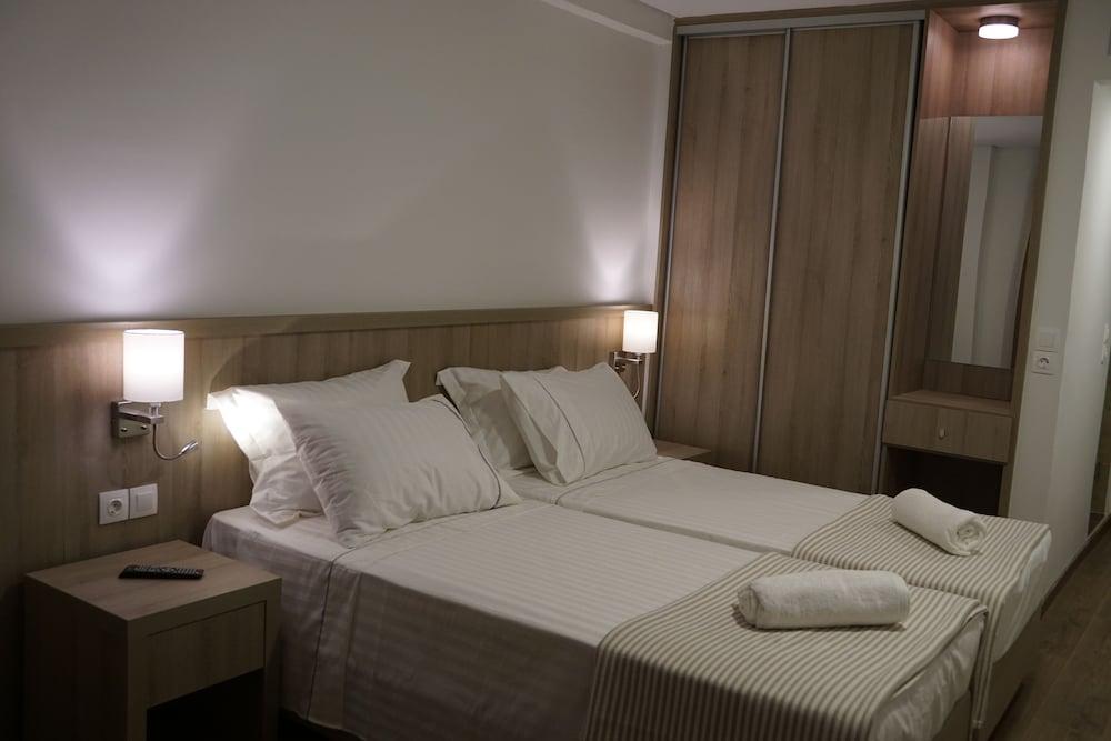 ピレウス ポート ホテル