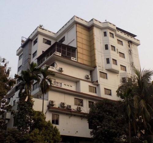 . Hotel Gateway Grandeur