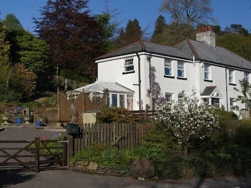 . Arfryn House Bed and Breakfast