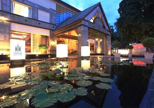 . Tohsang City Hotel