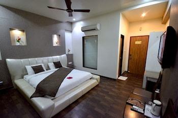 Hotel Sai Miracle - Guestroom  - #0