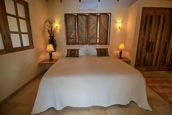 Hotel - The Inn at Manzanillo Bay