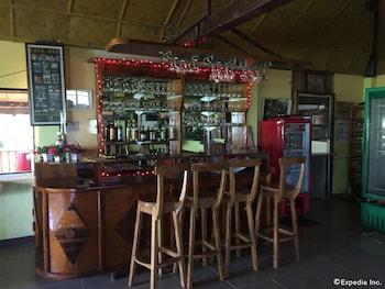 Flower Beach Resort Bohol Bar