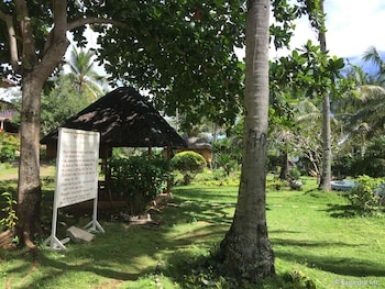 Flower Beach Resort Bohol Garden