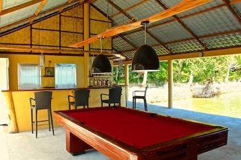 Chindonan Dive Resort Coron Hotel Bar
