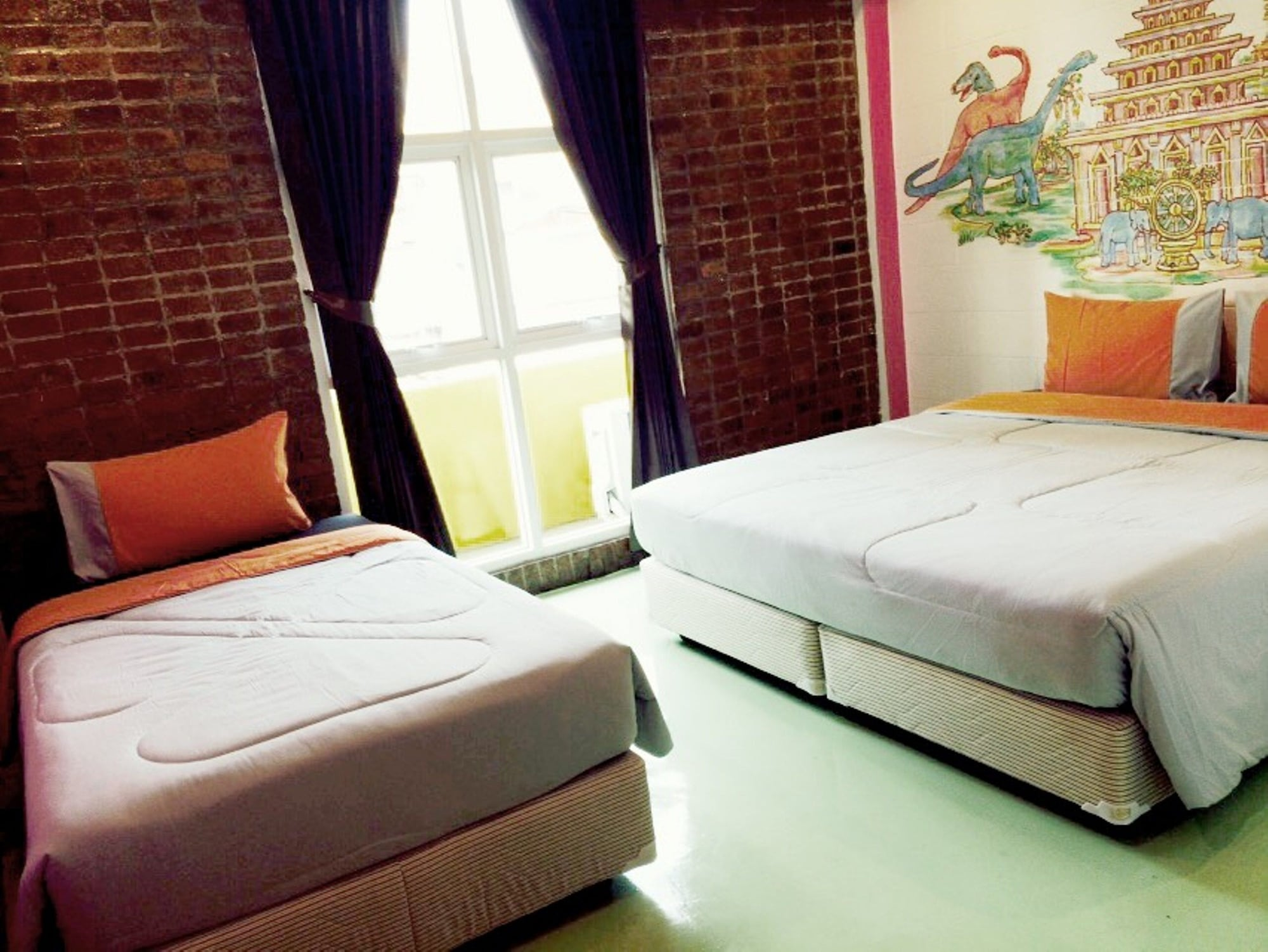 Chic Hostel, Bang Rak