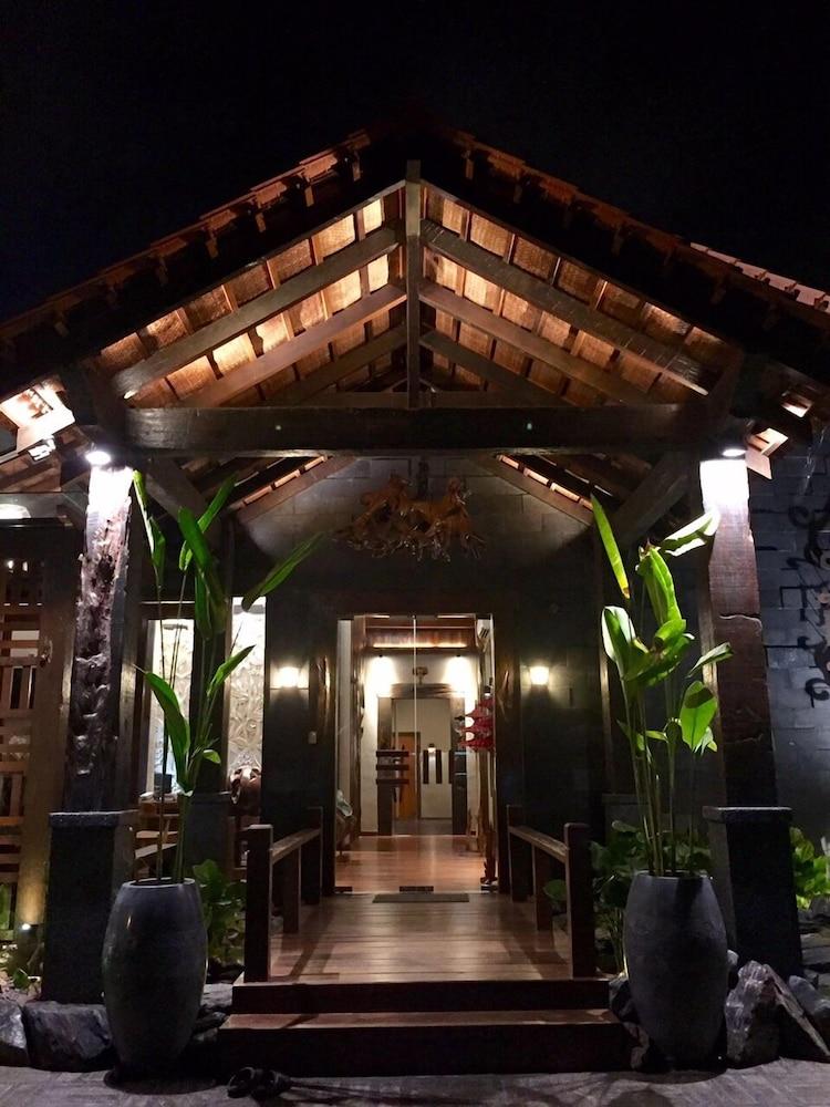 Ipoh Bali Hotel Ipoh Perak My Reservations Com