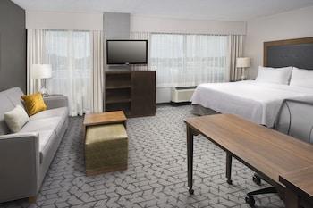 Guestroom at Homewood Suites by Hilton Washington DC NoMa Union Station in Washington