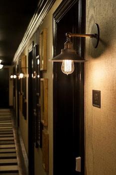Hotel - The Shepley Hotel