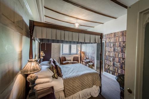 . Rosehill House Hotel