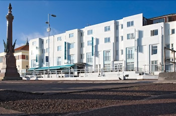 Hotel - The White Rock Hotel