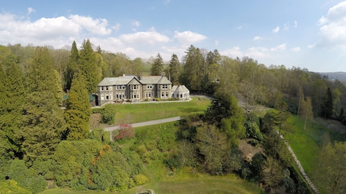 . Merewood Country House