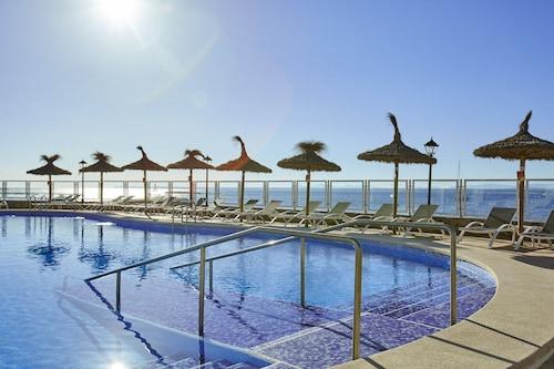 __{offers.Best_flights}__ Universal Hotel Marqués