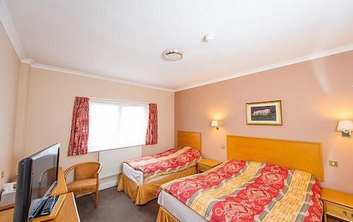 . Aberystwyth Park Lodge