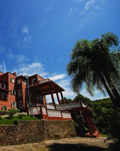 . Farina Park Hotel