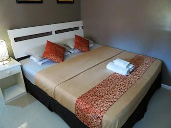 Kav's Beach Resort Negros Oriental Guestroom