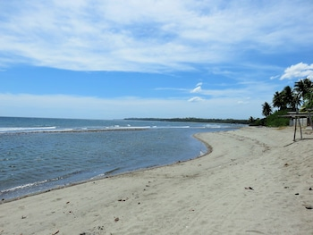Kav's Beach Resort Negros Oriental Beach