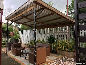 A Family Apartelle Bohol Property Amenity