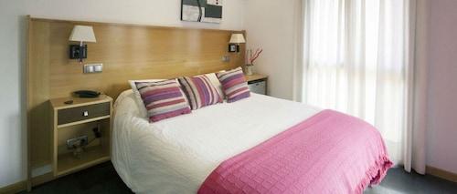 __{offers.Best_flights}__ Hotel Real de Illescas