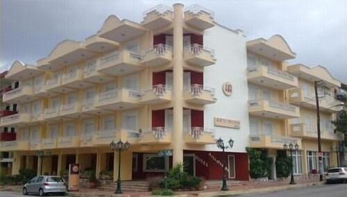 . Hotel Artemision