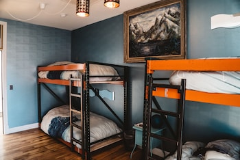 Economy Quadruple Room, Multiple Beds