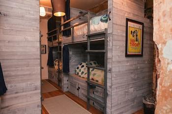 Premium Shared Dormitory