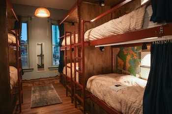 Map (Single Bed in 7-Person Female Only Dorm)