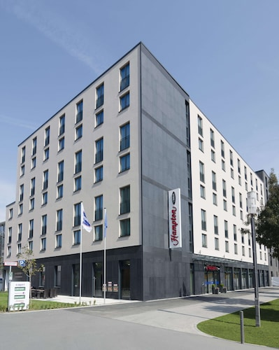 . Hampton by Hilton Frankfurt City Centre Messe