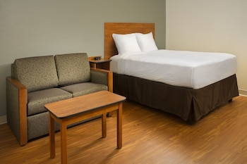 Standard Room, 1 Queen Bed with Sofa bed, Non Smoking (1 Person Sofa Bed)