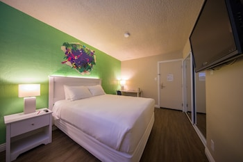 Guestroom at The Downtowner in Las Vegas