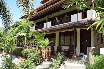 Tribal Hills Mountain Resort Puerto Galera Exterior