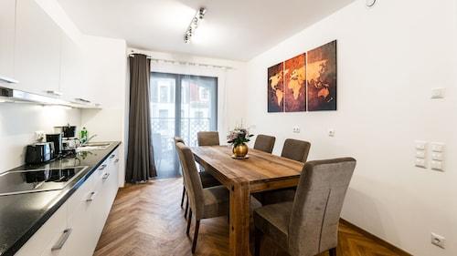 Aparthotel am Schloss, Dresden