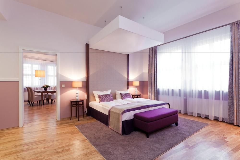 アパートホテル アム シュロス