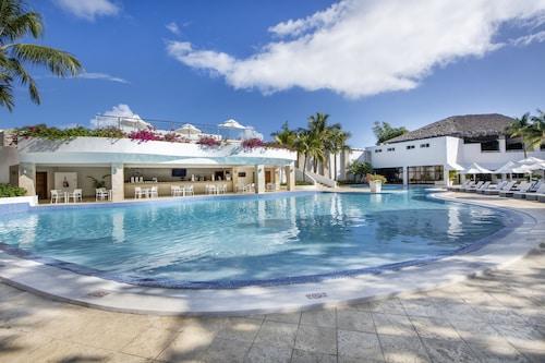. Viva Wyndham V Heavens - All-Inclusive Resort, Adults Only