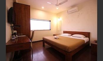 Standard Room (A/C)
