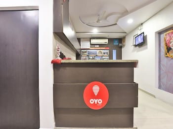 OYO 711 Hotel Crystal - Reception  - #0
