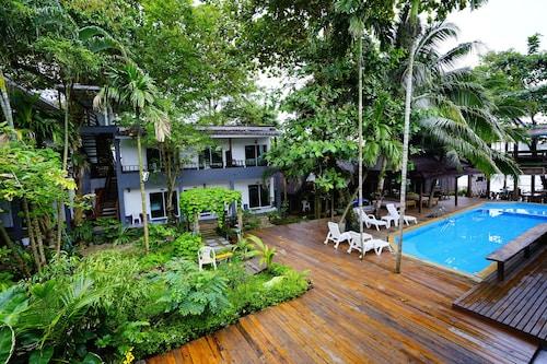 . Apple Beachfront Resort