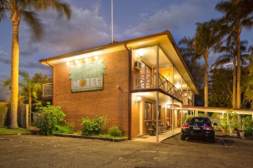 Sapphire Palms Motel, Wyong - South and West