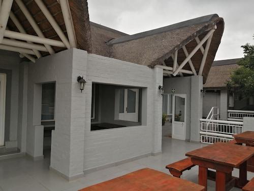 . Outeniquabosch Lodge
