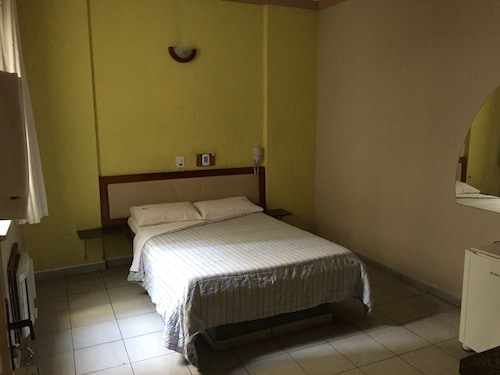 Hotel Fênix, Salvador