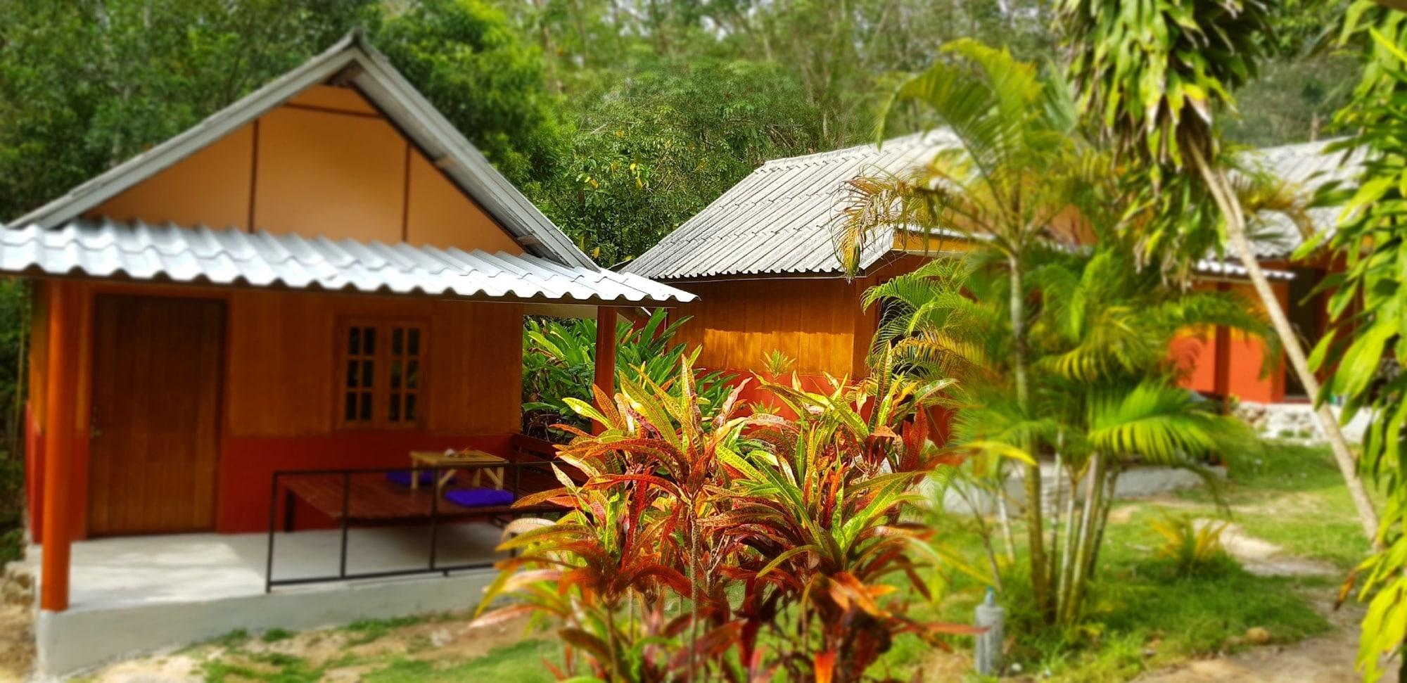Coral Bay Resort, Nua Khlong