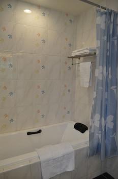 Cherry Feast Resort - Bathroom  - #0